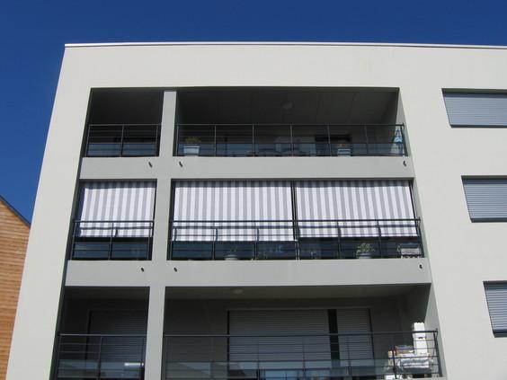 Store bannette extérieur - Menuiserie Guy Rollande - Maître Artisan Spécialiste Rénovation en Loire Atlantique (44)